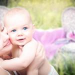https://pixabay.com/fr/photos/m%C3%A8res-enfant-momie-belle-famille-3389671/