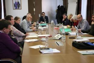 Verhandlungen mit den Gewerkschaften der öffentlichen Träger der Alten- und Pflegeheime