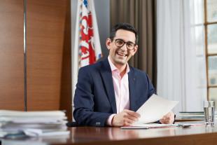 Antoniadis schlägt Untersuchungsausschuss des Parlamentes zum Coronavirus vor